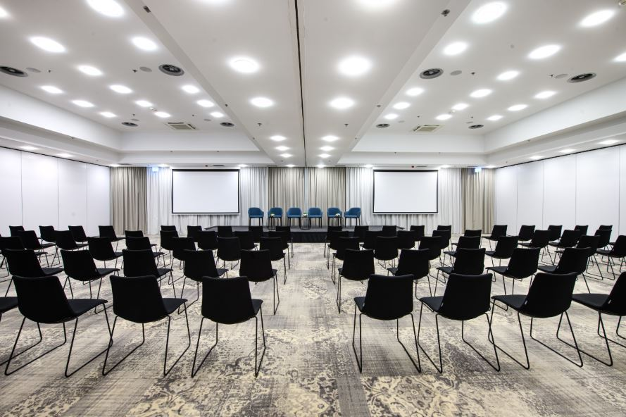 Sala konferencyjna w Courtyard by Marriott Warsaw Airport